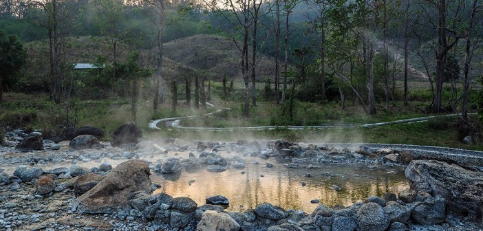 Secret Hot Spring in Pai, Thailand: free of entry fee and tourists